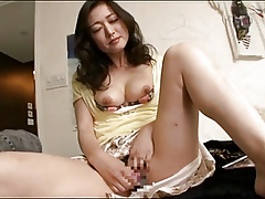 Japanese Dam Is Hot Be useful to Firsthand Young Load of shit !