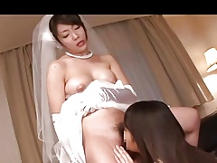 Japanese Lesbians (NOT My doyenne sis is property married)2-2
